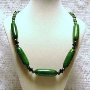 Jewelry - Bold Chunky Green Magnesite & Copper Necklace